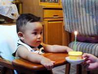 13やすひこも食べられるバースデー蒸しケーキ.jpg
